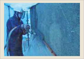 湿式吹付け施工